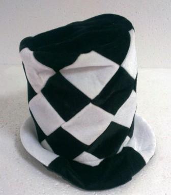 4-16 шляпа высокая в клетку